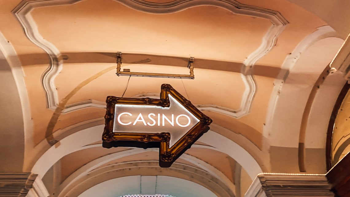 3 Reasons To Do Online Gambling Instead Of Visiting The Nearby Casinos!