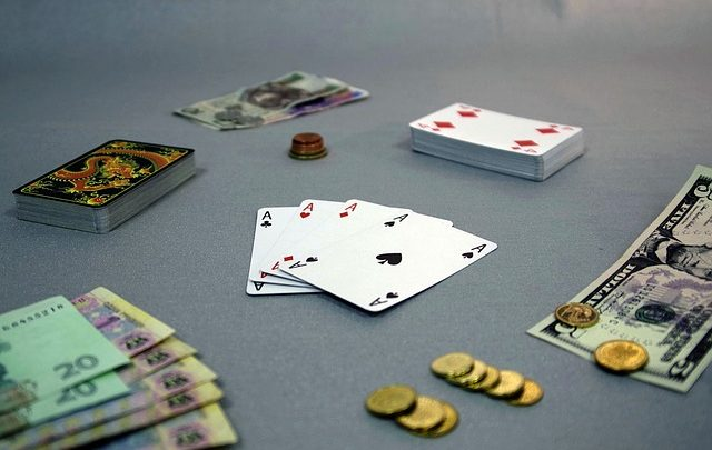 Why people choose online casinos to make huge profits? Check out some reasons for this