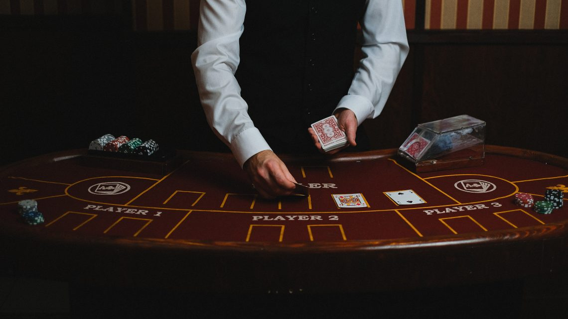 What Are The Major Benefits Of Playing At The Online Casino? Check Out Some Of Them Is Written Below.